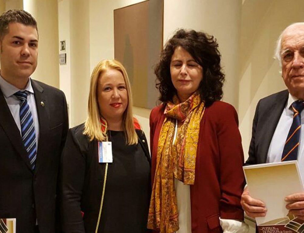 """Santillana del Mar acude al senado para participar en la primera jornada de """"Turismo, Innovación y Medio Ambiente"""" organizada por los Pueblos más Bonitos de España."""