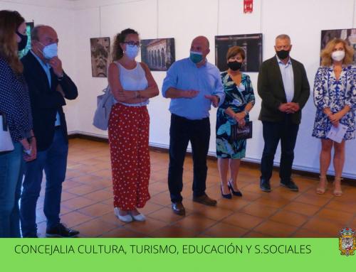 Ana Santamatilde presenta su exposición 'Santillana el valor de lo único' en el Museo Jesus Otero