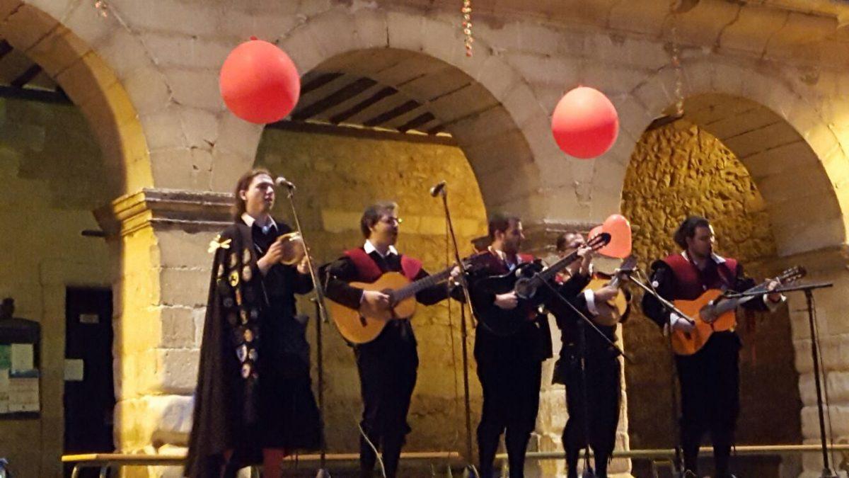 Noche Romántica Santillana